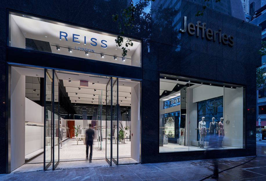 Reiss Madison Avenue Image
