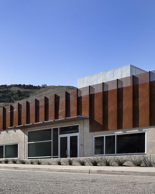 Herman Miller Building Image